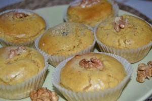 Muffin di miglio carota e noci
