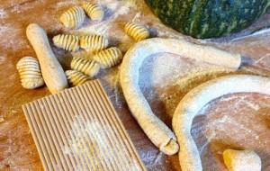Pasta fatta in casa senza uova: gnocchi di grano saraceno e zucca. Gluten Free