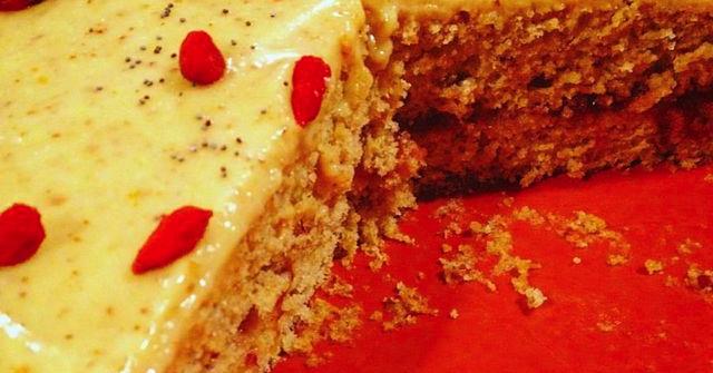 Pan di Spagna senza uova con crema pasticcera senza zucchero