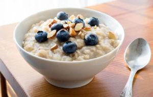 Suggerimenti per una colazione perfetta, secondo il Dottor Berrino