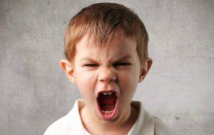 Bambini iperattivi e aggressivi? Qual è il ruolo dello zucchero?!?