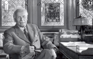 Jung e I Ching. Tutto ciò che l'uomo non vuol sapere di se stesso finisce sempre per arrivare dal di fuori e prendere la forma di un destino.